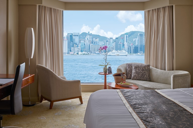 A harbour view room at Kowloon Shangri-La