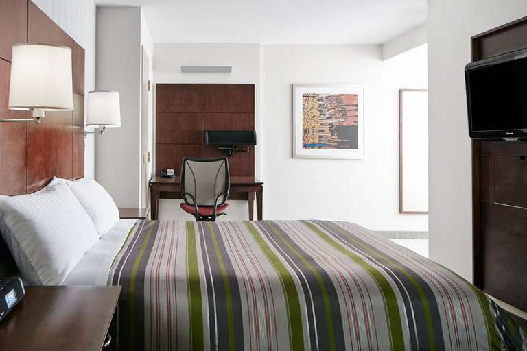 The Club Quarters Hotel in San Francisco is perfect for business travelers