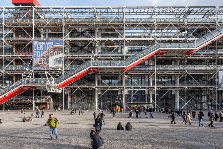 Centre Pompidou, Centre national d?art et de culture Georges Pompidou, Beaubourg,  high-tech or brutalist architecture by Renzo Piano and Richard Roge
