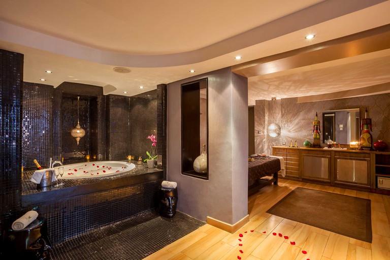 kaya-hallway-hotel-nairobi-03