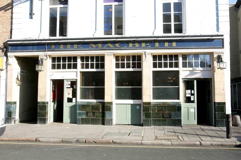 Macbeth Pub, 70 Hoxton Street, London, Britain - 09 Nov 2007