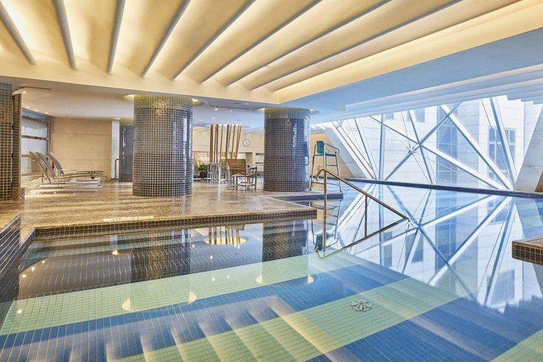 The Westin Bund Center Shanghai has its own indoor pool