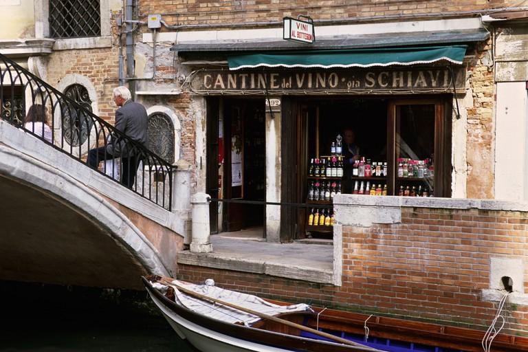Cantine del Vino gia Schiavi in Venice