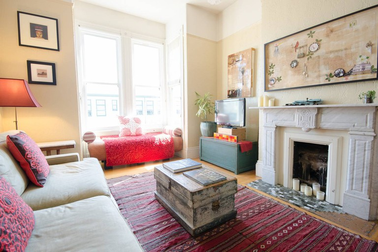 This Victorian home is the perfect option for those looking to stay in one of San Francisco's most historic neighborhoods
