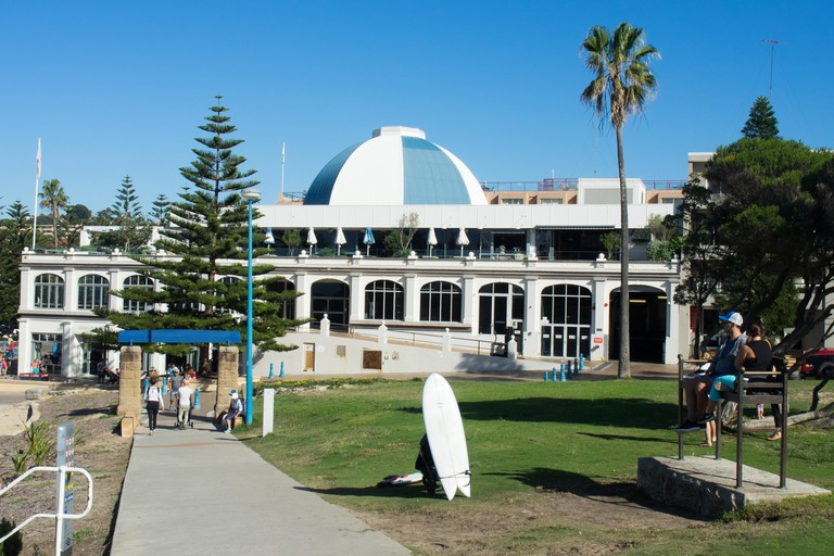 The Coastal Walk passing the Coogee Pavilion.