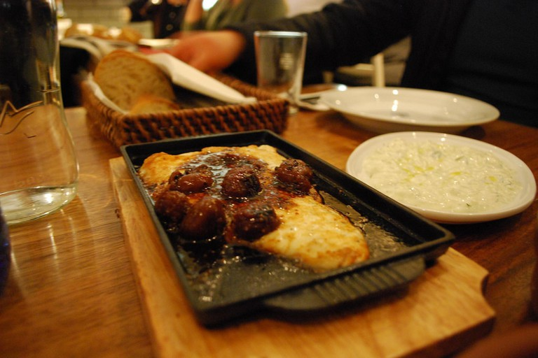 Saganaki with figs at Hellenic Republic © Alpha / Flickr