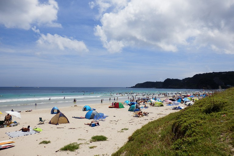 shirahama_beach_camping