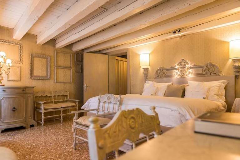 Guest room at CA Maria Adele, Venice