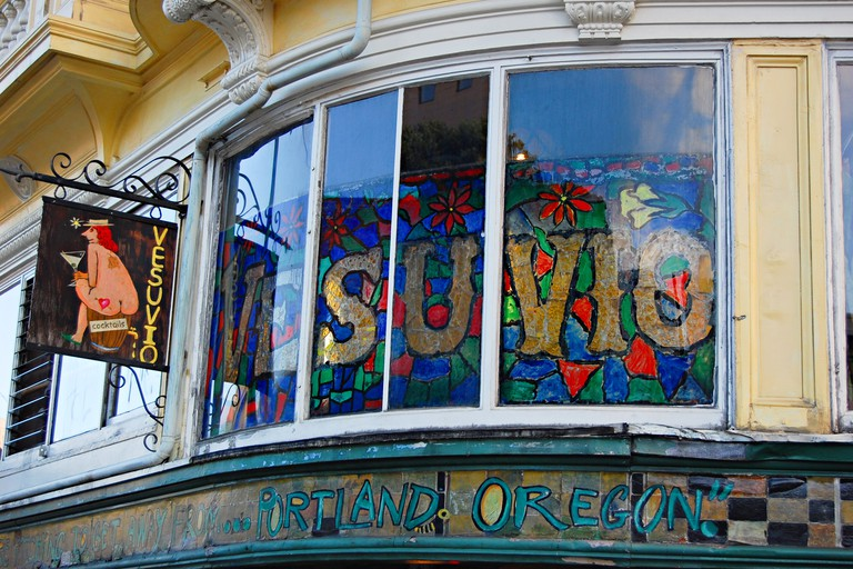 Vesuvio Cafe, North Beach, San Francisco, California, USA.