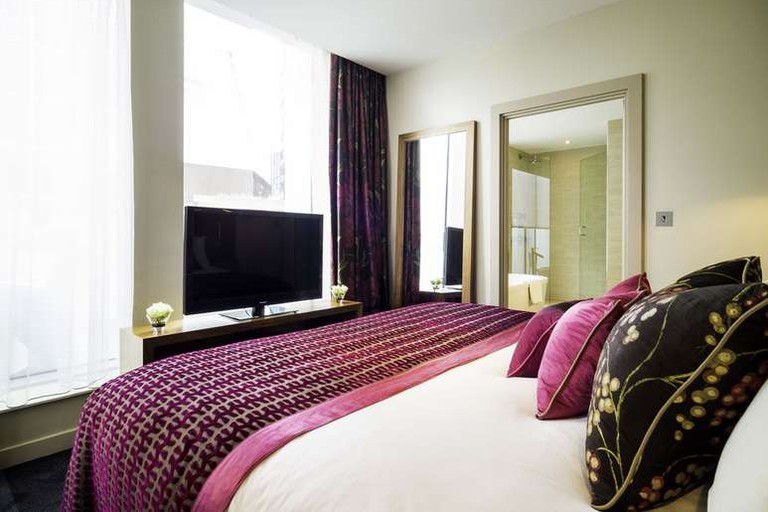 Junior suite at Apex London Wall Hotel