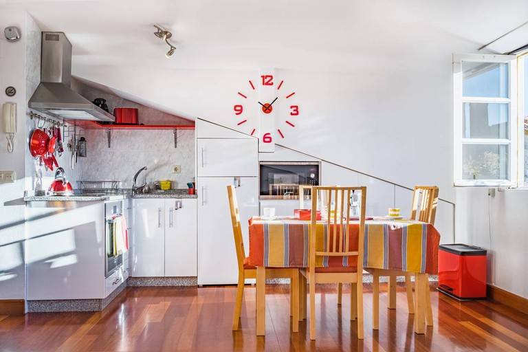 Charming airbnb with rooftop views