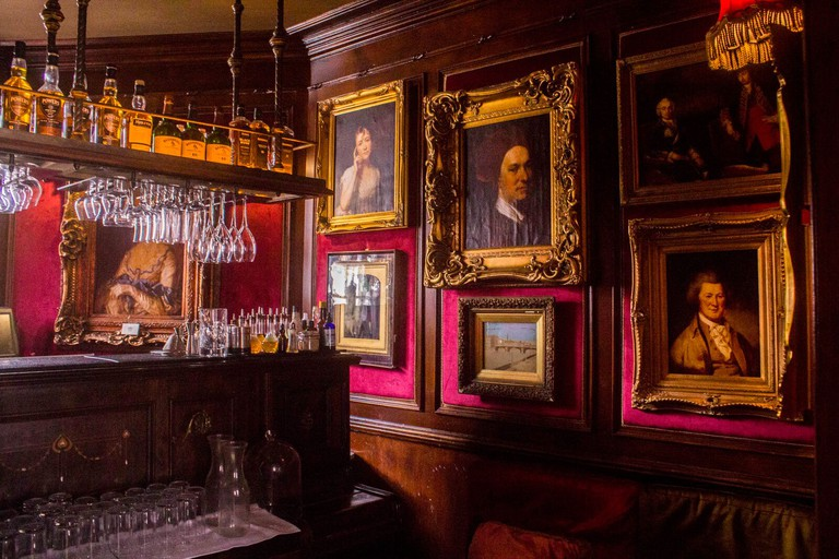 Interior of Peruke & Periwig, Dublin