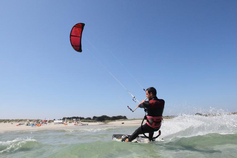 Kitesurfing in Brest
