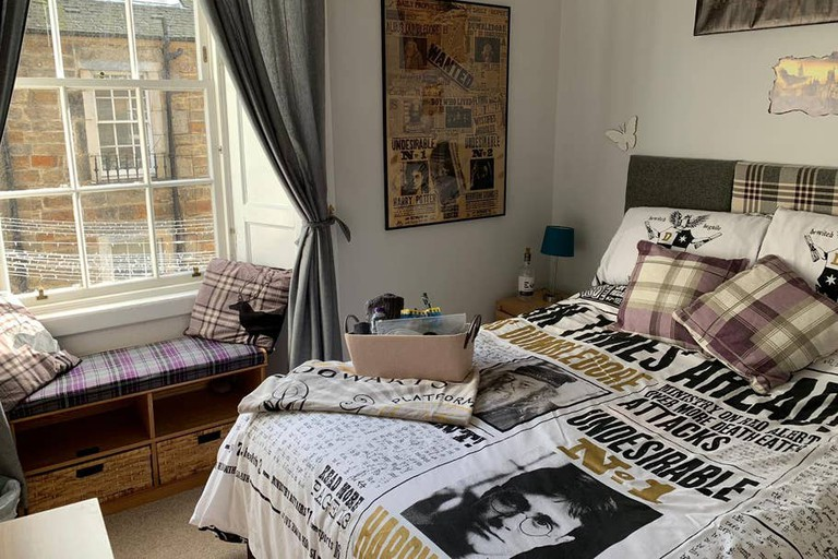 Fun-filled Harry Potter-themed flat