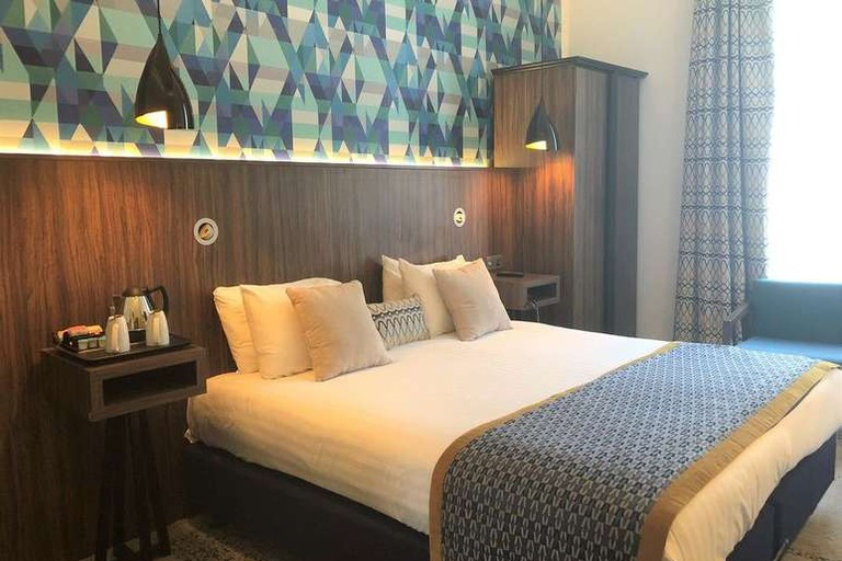 Guest room at Cairn Hotel