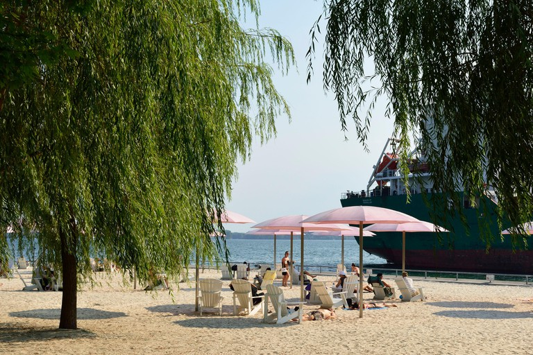 Sugar Beach, Toronto, Canada.