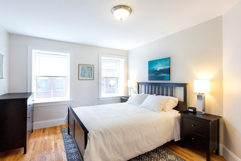 STRB Quarters on Broadway offers private rooms at an incredibly affordable rate