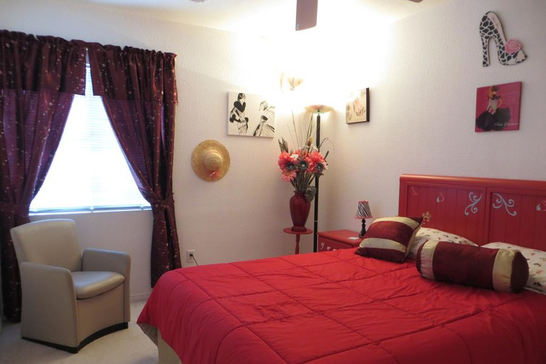 Gosselin Bed and Breakfast is located just south of the Strip