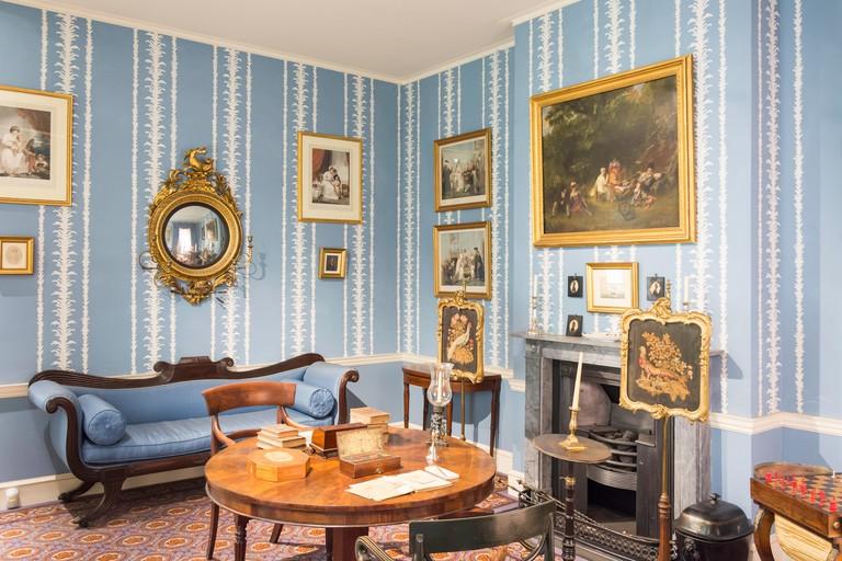A Georgian 1820 drawing room, The Geffrye Museum, Shoreditch, London Borough of Hackney, London, England, United Kingdom