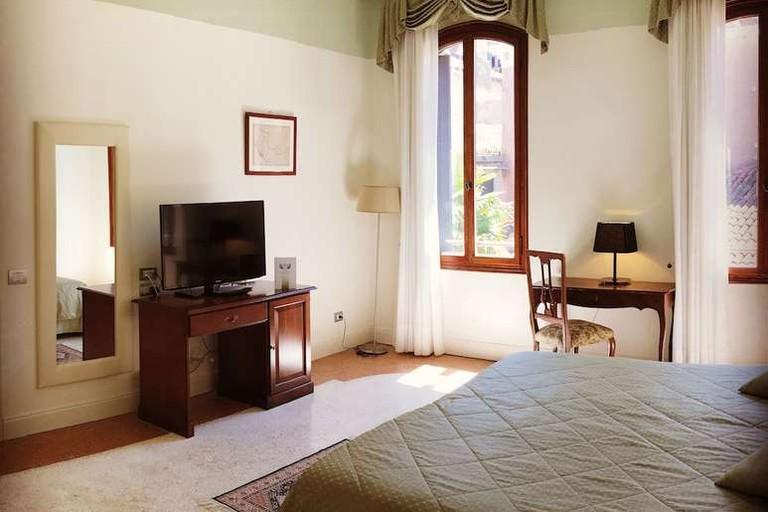 Double room at Hotel Sant'Antonin