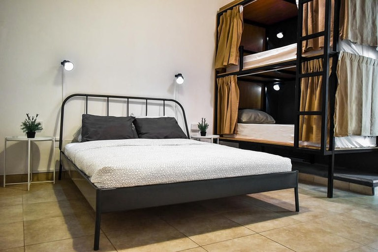 Backpacker 16 Hostel is situated near Dubai Marina