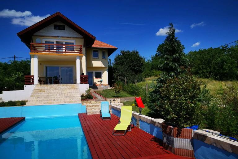 Villa Somlyó