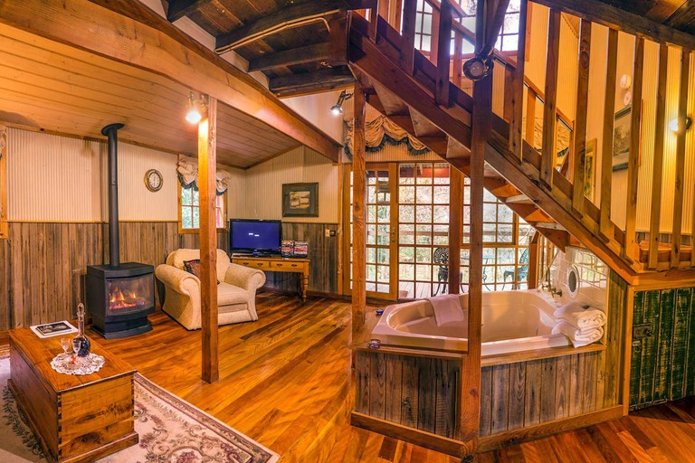 Cosy cottage in the Dandenongs Ranges