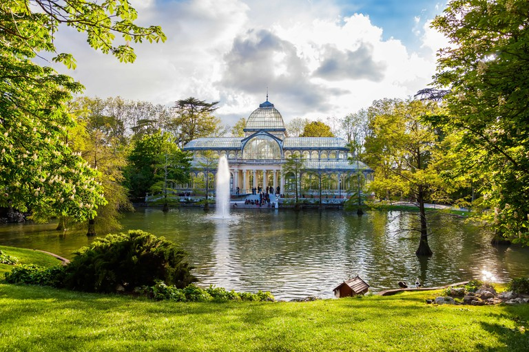 Visit the Palacio de Cristal at the Parque del Buen Retiro
