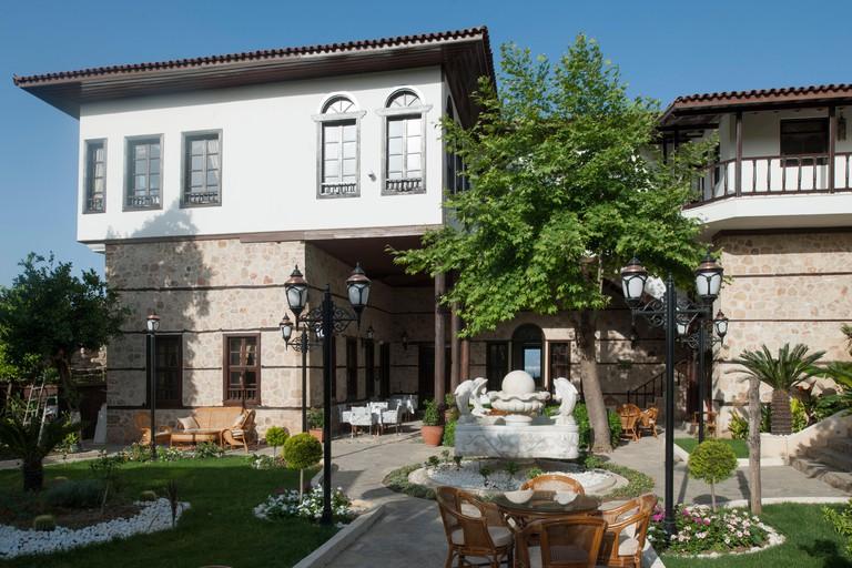 Turkei, Antalya-Stadt, Altstadt, Restaurant Gizli Bahce