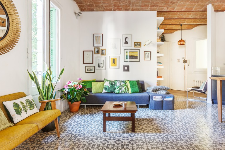 This chic apartment boasts original 1930s Catalan high-vaulted ceilings
