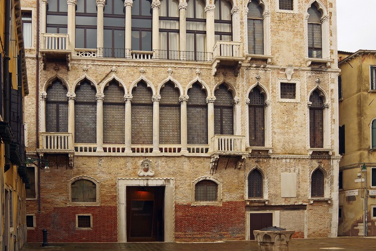The Palazzo Fortuny hosts temporary art exhibitions