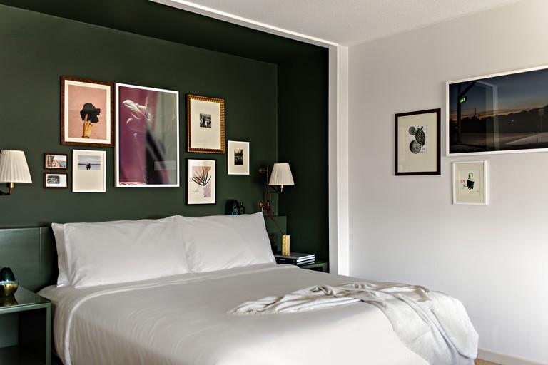 Room decor is a breath of fresh air