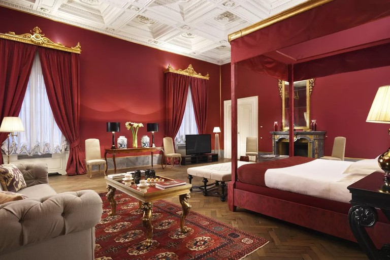 Palazzo di Camugliano has some of the most luxurious suites in Florence