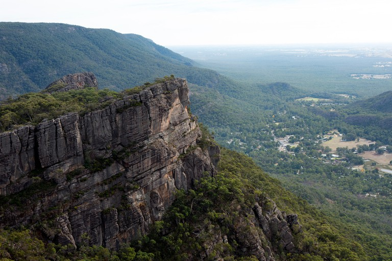 Hike to the summit of The Pinnacle in Grampians National Park