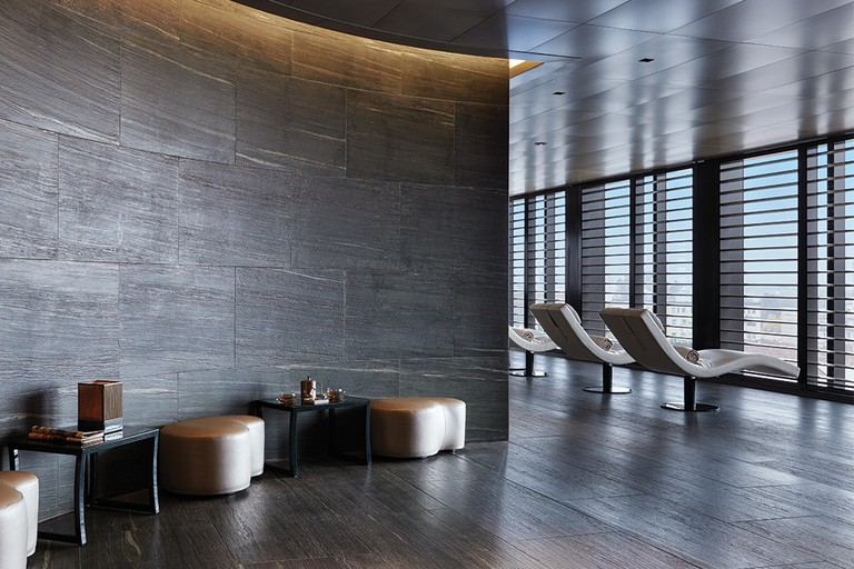 armani-spa-entrance-relaxation-area