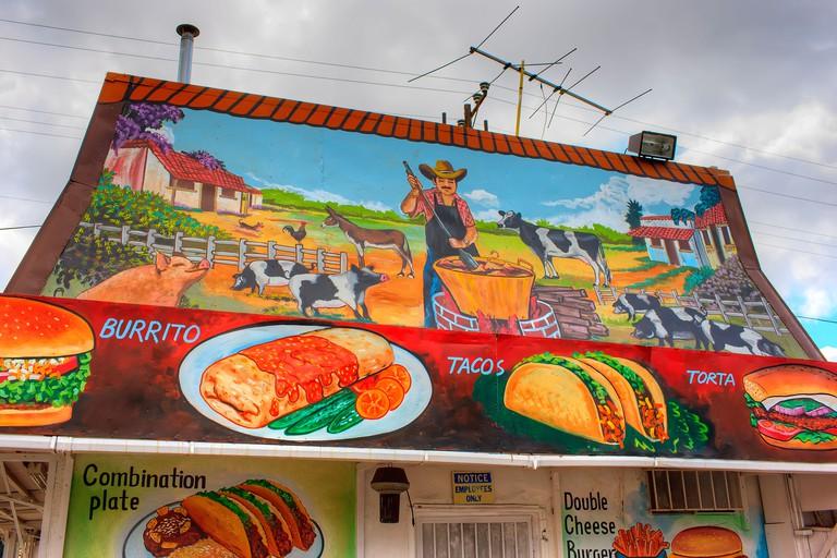 LA is famous for its taco spots.