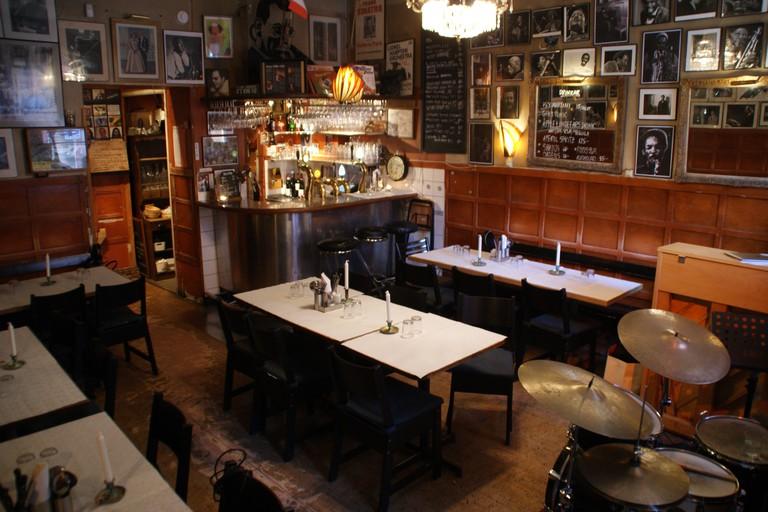 Glen Miller cafe