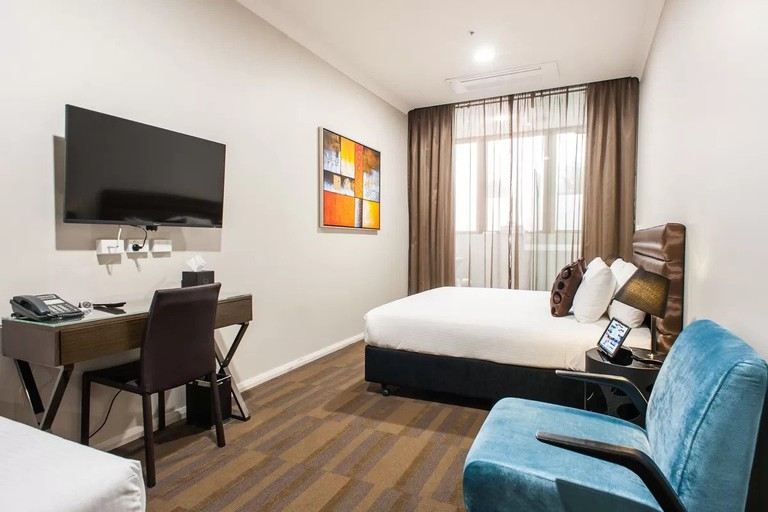 The hotel is minutes away from the hub of Surry Hills