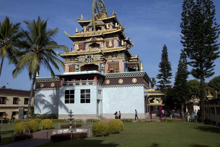 Namdroling Nyingmapa Tibetan Monastery, Kushalnagar