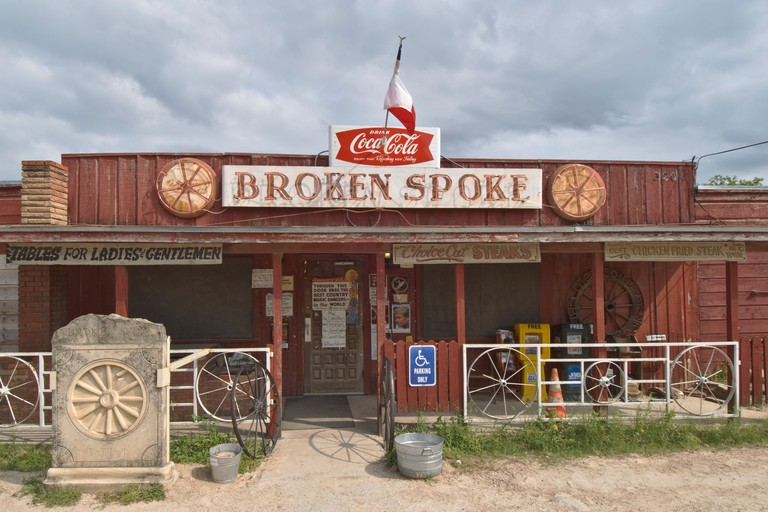 The Broken Spoke honky tonk bar saloon
