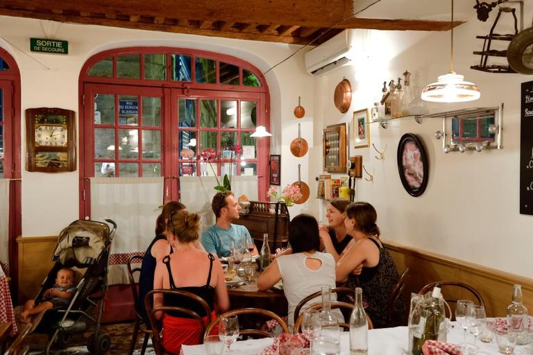 France, Rhone, Lyon, La Croix Rousse District, restaurant the Bouchon des filles