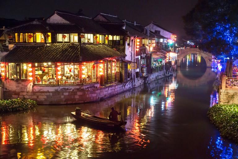 Night falls - Xitang water village