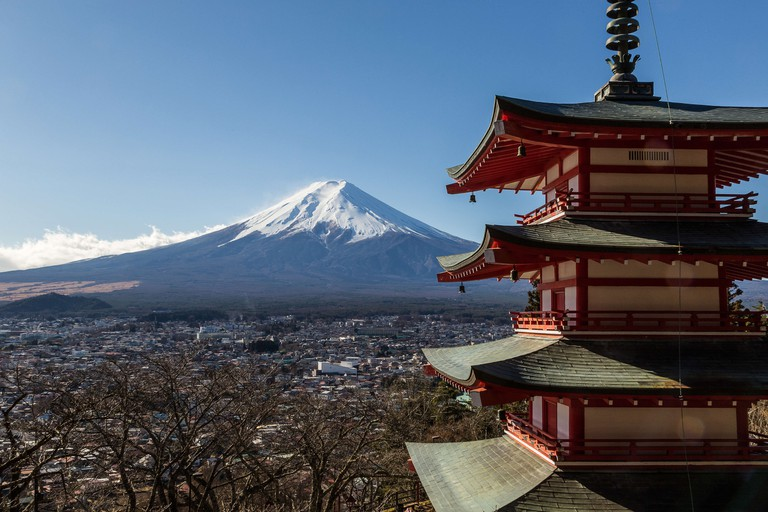 Chureito Pagoda is a five storied structure overlooking Mount Fuji. The pagoda is a part of the Arakura Sengen Shrine.