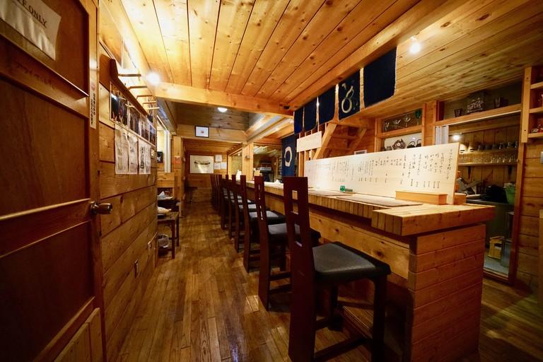 Interior of Rakuichi Soba
