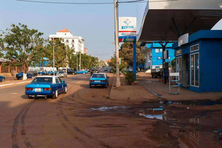View of the Amilcar Cabral Avenue (Avenida Amilcar Cabral) in the city of Bissau