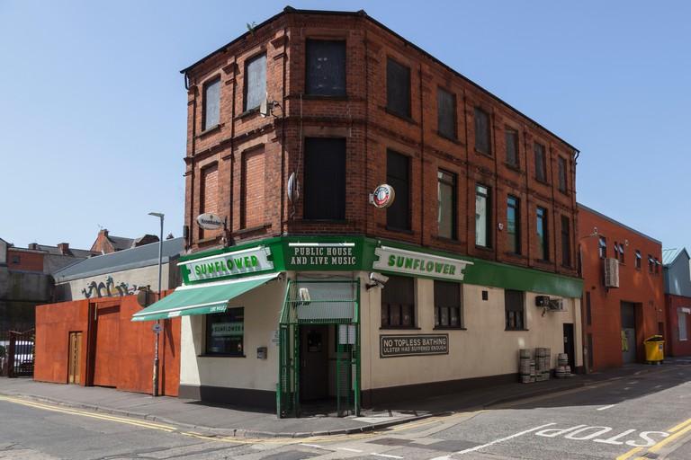 Ireland, North, Belfast, Sunflower Public House on the corner Union Street and Kent Street.