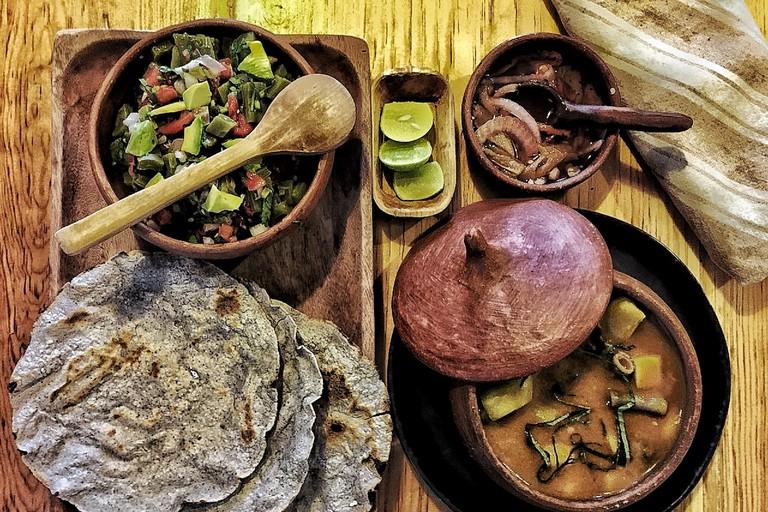 ensalada de nopal y mole Bodegón HierbaDulce Oaxaca México Vegan Plant Based Restaurant Mole