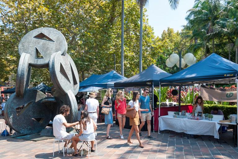 Market stalls in Fitzroy Gardens, Darlinghurst Road, Kings Cross, Sydney, New South Wales, Australia