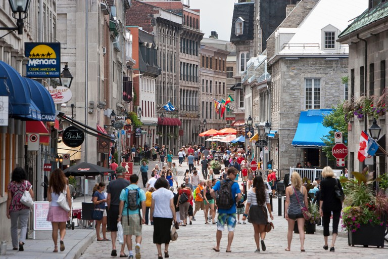 North America, Canada, Quebec, Montreal, Rue Saint Paul E at Place Jacques Cartier, Tourists in Old Montreal