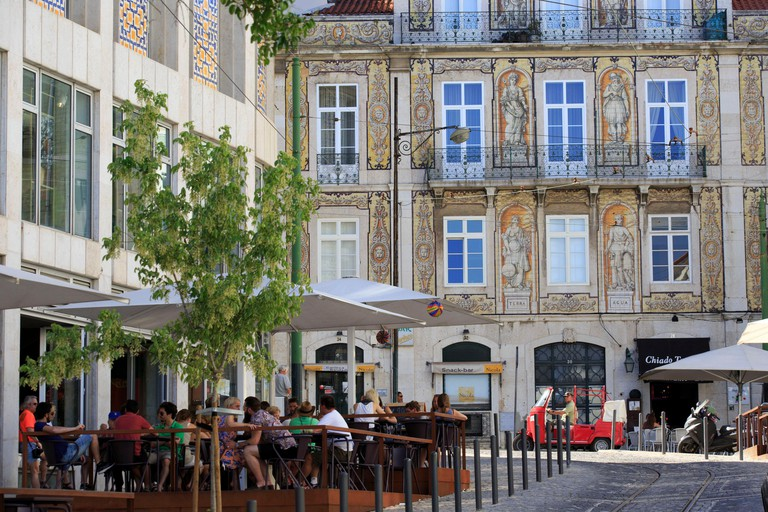 Portugal, Lisboa e Setubal province, Lisbon, Bairro Alto, trindade street, historic architecture